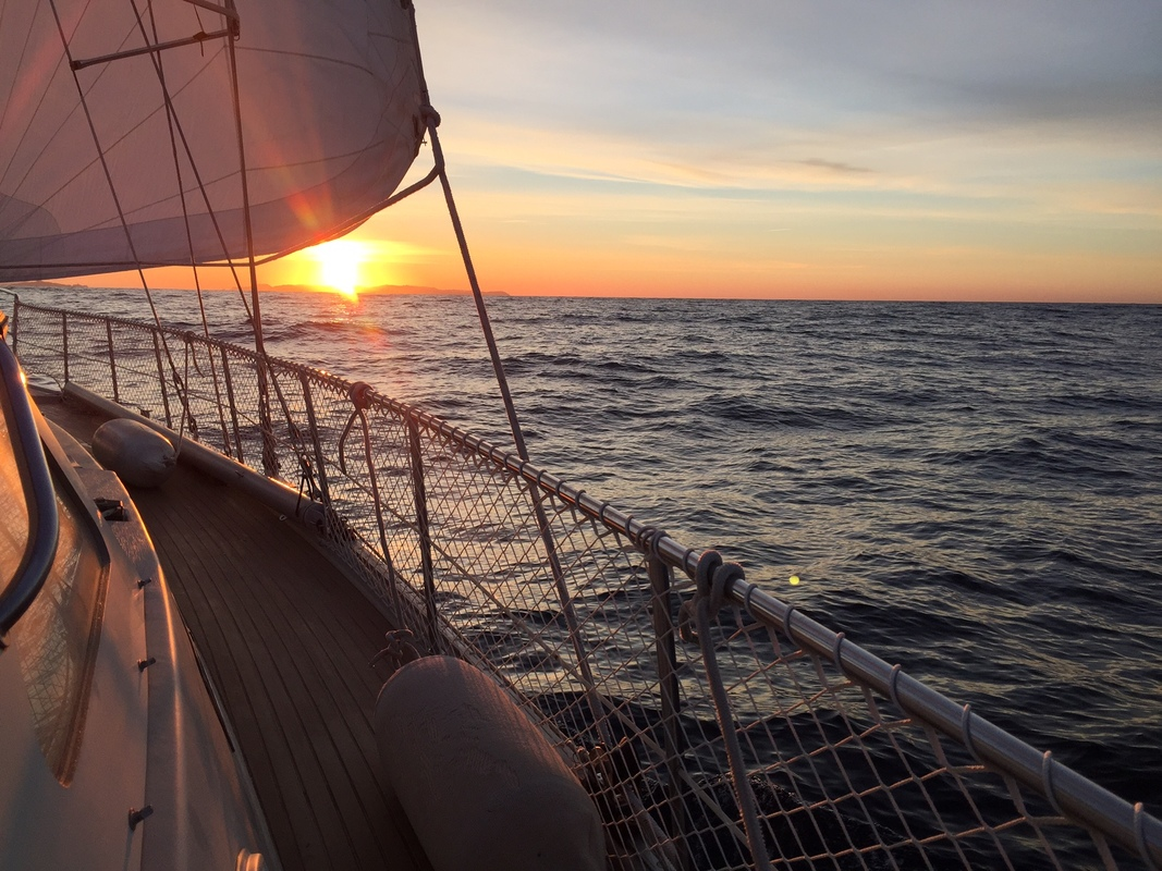 First sunrise under sail, on the way to Hyerès